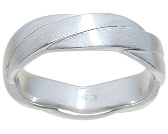 Sterling Silver Venetian Finish 5mm Cross Over Style Wedding Band