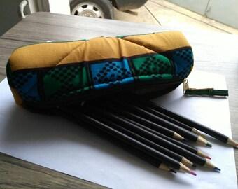 T007 - Kit school round wax (pencil box) canvas