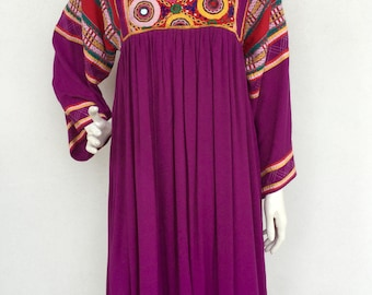 Beautiful 70s festival embroidered dress