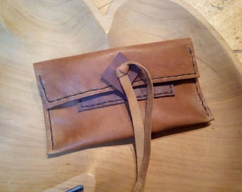 Leather tobacco holder
