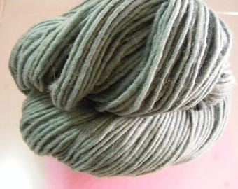 SALE... Was 8.50... Now 6.00...TUNDRA...handspun, handpainted wool yarn...4oz...186yd