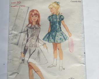 Retro Girls Full Circular One Piece Dress Pattern