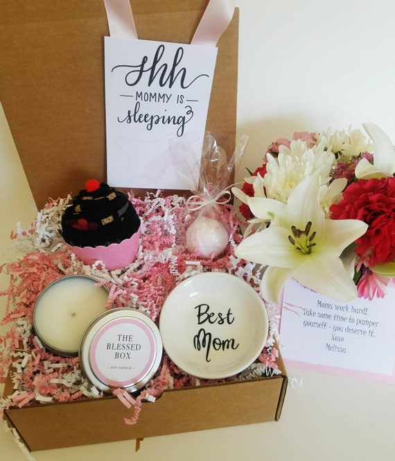 New mom gift box new mother gift basket tired mom gift box solutioingenieria Images