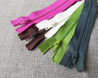 "SALE Sewing Support - Nylon Zippers, Brown, Dark Moss Green, Spring Green, White and Magenta Pack Set Z05(5PCS, 8"" 10"")"