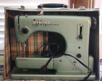 Vintage Sewing Machine -- Viking Husqvarna Sewing Machine -- Grasshopper Green -- Free Arm Sewing Machine with Vintage Case