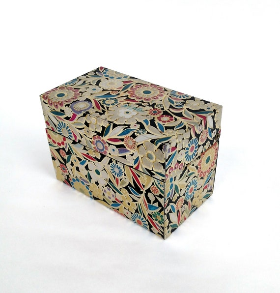 Vintage Floral Tin Recipe Card Box by J. Chen