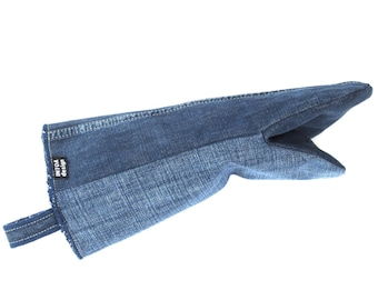 Denim Oven Glove of recycled jeans, blue