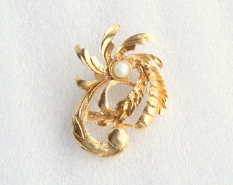 Vintage Palm Tree Brooch Gold Pearl Figural Pin Faux Pearl Goldtone Tropical