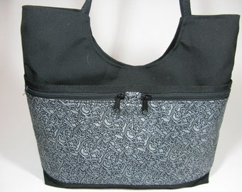 Judy Tote~(By Cindy's Creative Bgas VT )~Handmade in VT~Snap  Closure~
