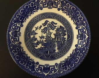 1 Old Willow pattern saucer