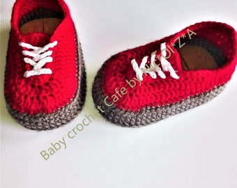 Baby shoes, crochet baby sneakers, classic VANS style, vans style baby crochet, newborn sneakers, baby booties, crochet shoes, shower gift