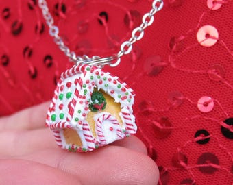 Gingerbread House Necklace - Christmas Gift - Christmas Necklace - Miniature Food - Food Jewelry -  Polymer Clay - Candy Cane
