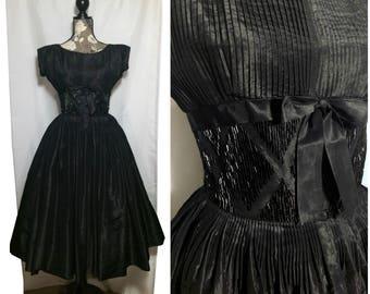 Vintage 1950s Beaded Black Party Dress // XS-S