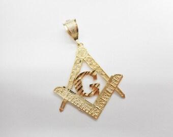 Genuine Solid 10K Yellow Gold Masonic G Compass Pendant #4338