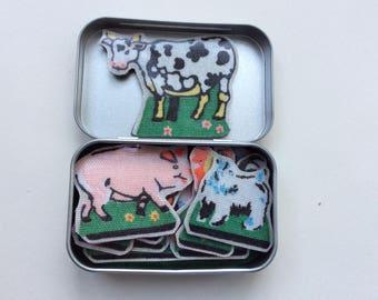 Farmyard friends in a tin - pocket travel toy