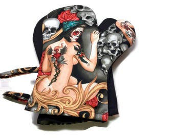 Handmade Oven Mitts Set of 2 Tattooed Female Pinups Alexander HenryDay of the Dead Black BBQ Mitts