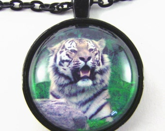 Men's SIBERIAN TIGER Necklace -- Animal lovers necklace,  Spirit guide, Animal totem