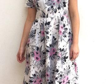 Vintage floral spring fashion dress size 10