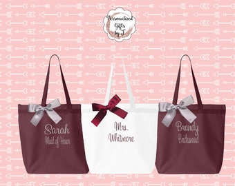 Set of 2 - Personalized Zippered Tote Bag Bridesmaid Gift - Wedding Party Gift- Bridal Party Gift- Initial Tote, Monogrammed Tote bag