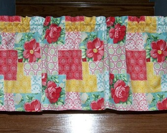 """NEW! Pioneer Woman Patchwork Valance Curtain Kitchen Cookware Utensils 60"""" Wide Dishes Cookware Utensils"""