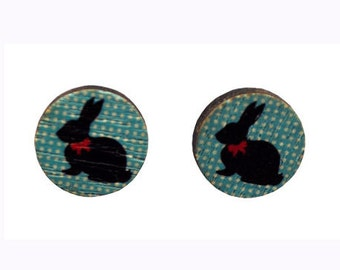 Blue and white retro look round rabbit wood stud earrings