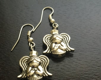Earrings Silver Tone Angel with Wings and Praying Hands Earwire Hooks E105