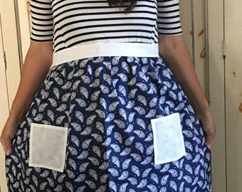 Womens Navy Blue/ White Paisley Half Apron