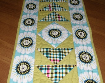 Modern Quilted Table Runner, Table Runner Quilt Contemporary, Lime Green Navy Blue White Table Runner, Quiltsy Handmade, Spring Table Runner