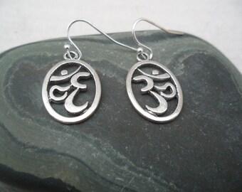 Silver Om Yoga- Earrings, Meditation, Buddhism, Yoga, Eastern Thought, Ohm, Yoga Gifts, Namaste