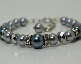 Gray/Pewter Pearl Bracelet and Earrings , Bridal Pearl Jewelry, Wedding Bracelet, Crystal Jewelry, Pearl and Crystal Bracelet and Earrings