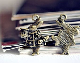 2 charms rabbit from alice in Wonderland 2cm