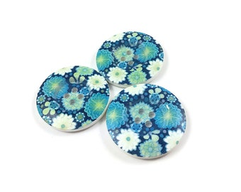 1.5 inch buttons - Aqua flowers wooden sewing buttons - set of 3