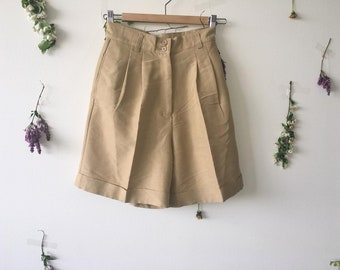 Vintage High Rise Pleated Shorts