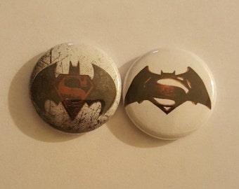 """Batman Vs SuperMan Pin set 1"""""""