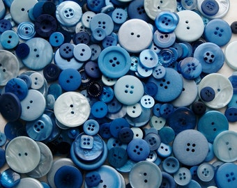 25 Blue Buttons,  Blue Berry Pie Mix, Assorted Sizes, Sewing, Crafting, Mix Grab Bag, Jewelry Collect (583)