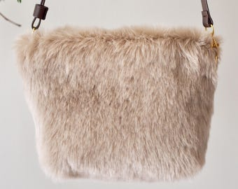 Faux fur shoulder Pouch