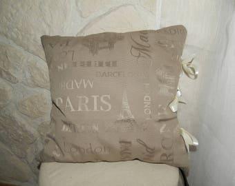 Washerwomen, bows pillow trompe l'oeil