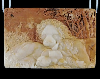 Lion couple carved cameo pendant. GREAT detail! Pre drilled. Unusual