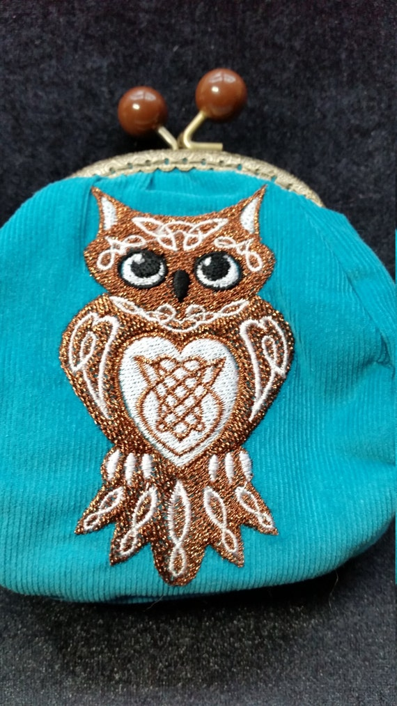 L338.  Coin purse with celtic knotwork owl design