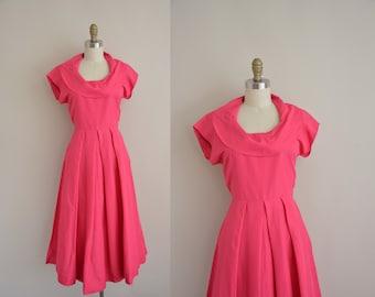 1950s vintage dress / 50s pink Sweetheart dress / 50s full skirt