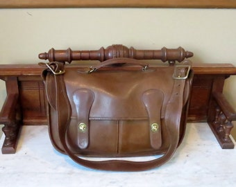Dads Grads Sale Coach Musette In Tabac Leather With Brass Hardware - Style No 9625 - Made In New York City- VGC