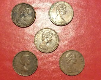 Lot of 5 vintage Canadian one cents/pennies