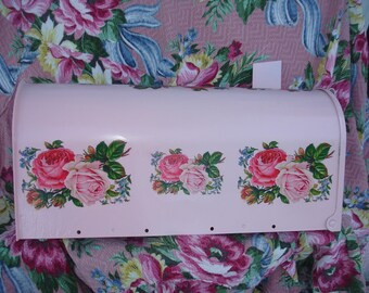 Mail Box Jumbo Roadside*Pretty in pink*Double cottage pink roses*OOOh My Gosh!!!GORGEOUS