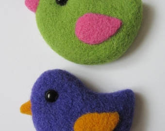 Needle Felted  brooch bird. Felted woolen decoration