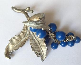 Jahrgang Weinblätter und blau weiß Ton Perlen Trauben Silber Brosche