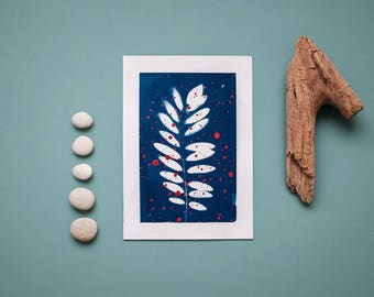 """Original cyanotype """"Black locust leaf"""" with red acrylic paint splashes on bulky drawing paper in DIN A5 format"""