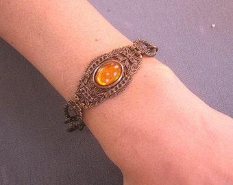 Antiqued Brass Filigree Bracelet with Topaz Glass Cabochon and Flowers / Brass Link Bracelet / Topaz Braacelet / Etched Brass Bracelet
