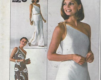 Simplicity 7834  Misses' Jiffy Pattern Knit Pullover Dress or Top And Pants  Size Size 6 & 8