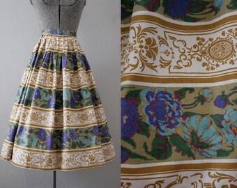 1950's Rose Print Skirt / Size XSmall