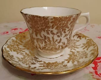 Vintage 1950s / 1960s Royal Vale china teacup and saucer gold flower chintz pattern / cup and saucer set / gift afternoon tea 1953 - 1964